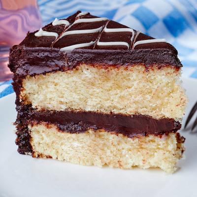 Yellow Cake w/ Chocolate Buttercream Icing
